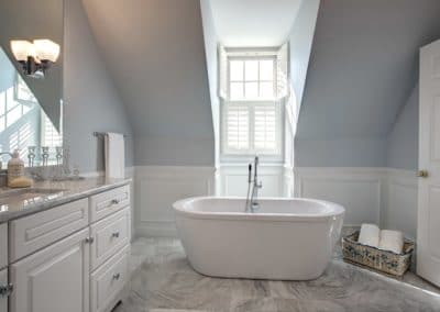 Mclean Bathroom (2)